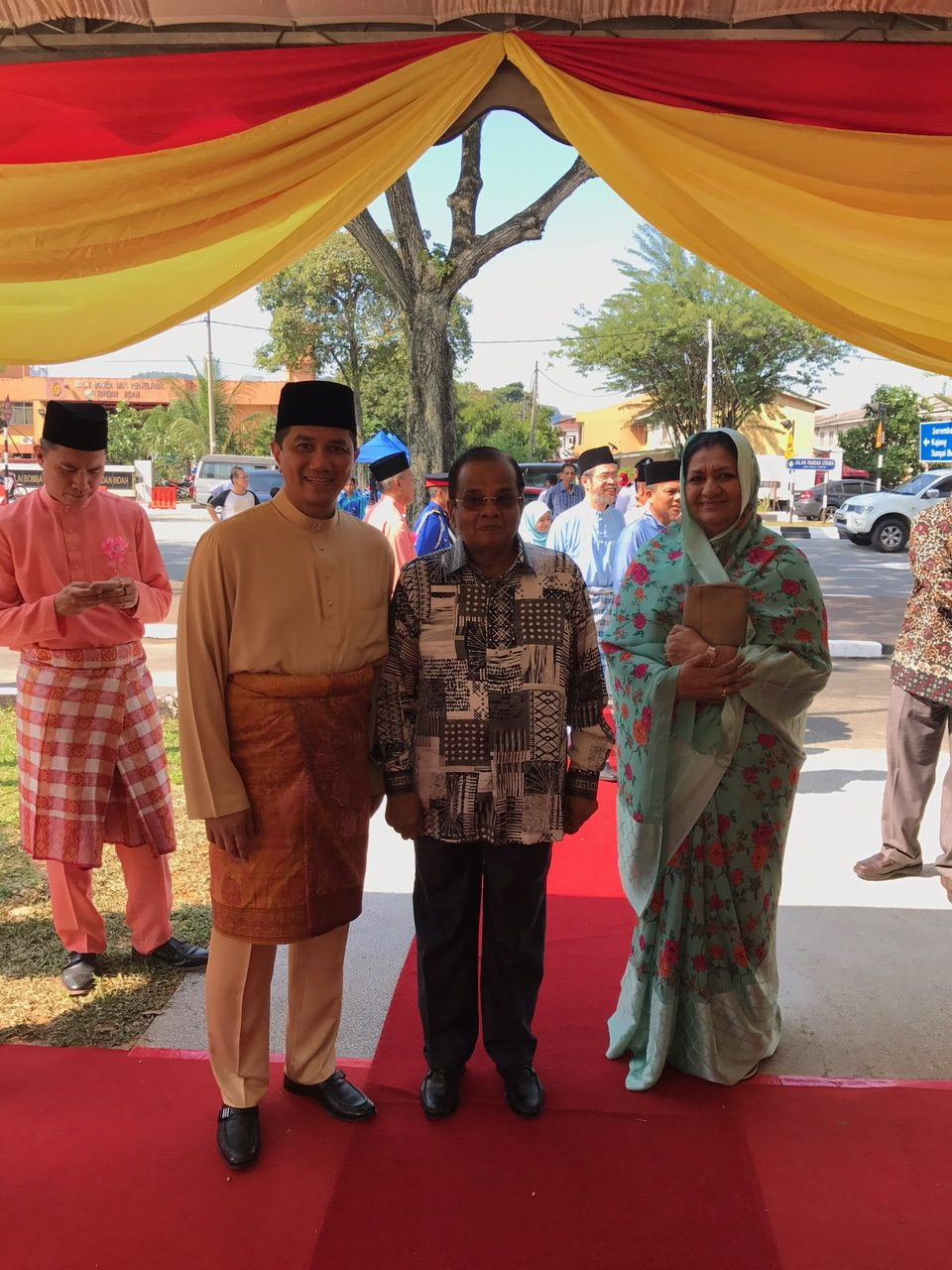 Eid Greetings Chief Minister Of Salangor Hosts Open House Reception